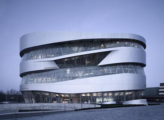 Artkernel la scienza della natura materia in movimento for New york architettura contemporanea